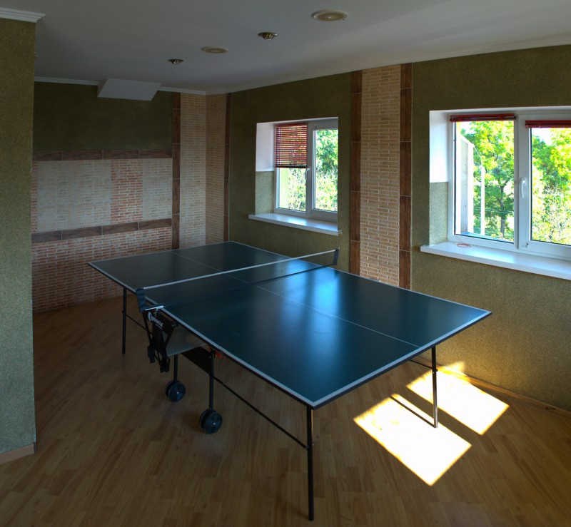Table tennis (Building 1)